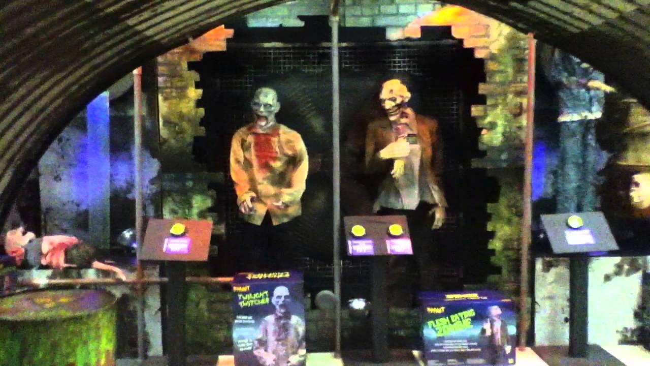 spirit halloween fright squad 2011 zombie wasteland youtube