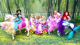 Light Up Unicorn and Horse Barbie Disney Princess Toddlers Ride On Dream Unicorn Unboxing & Store