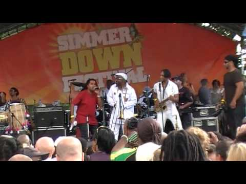 3 APACHE INDIAN AT SIMMER DOWN 2014