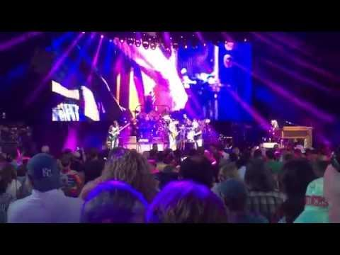 2016 06 21 - Dead and Company - Loser (clip of Mayer solo) @ Saratoga Performing Arts Center (SPAC)