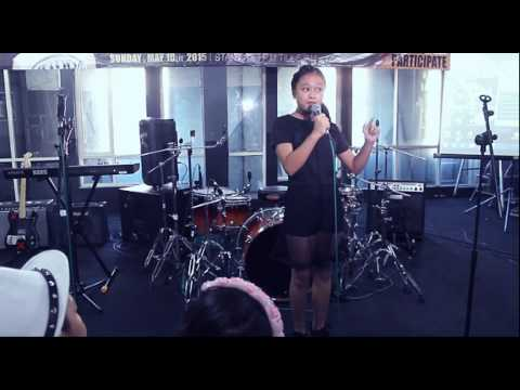 Gajah - Tulus (Live Cover by : Valerie Adelia, 13 years Old)