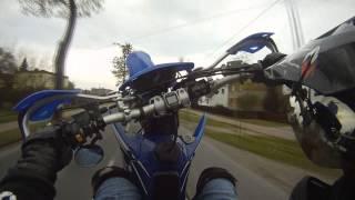 Yamaha WR 426 fast wheelie