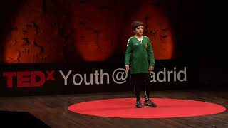 Soy un Dragón de Lavapiés | Roberto Bolaños | TEDxYouth@Madrid