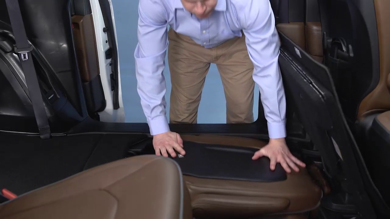 Stow N Go Fold Seats For More Cargo E In 2018 Chrysler Pacifica