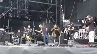 [HQ] Parkway Drive - Sparks + Old Ghosts New Regrets / Live Hellfest 2013