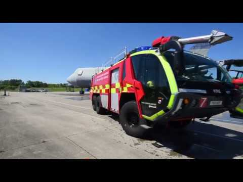 Rosenbauer Panther in action - Gatwick Fire Department - Airport Fire Truck