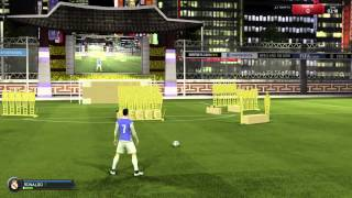FIFA 15 Bending it like beckham