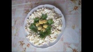 Салат из кальмаров. Салат - гнездо глухаря