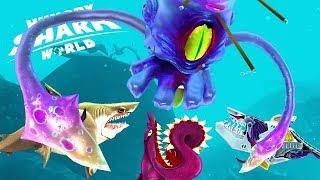 MEGALODON + BUZZ + ROBO SHARK vs GIANT SQUID BOSS!!! (HUNGRY SHARK WORLD)