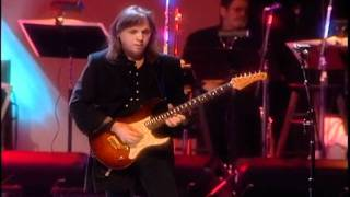 Minute By Minute - Michael McDonald with The Doobie Brothers...