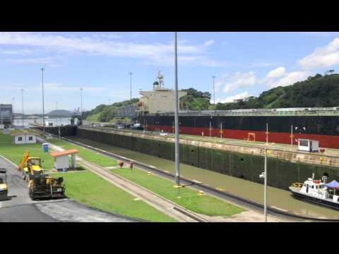 Panama Canal - fast motion of Miraflores Locks
