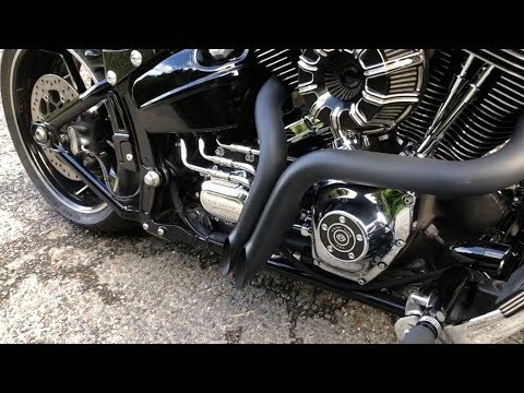 EXHAUST SOUND OF HARLEY DAVIDSON BREAKOUT (PART 4)