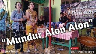 Mundur Alon Alon (cover) by Yeyen Samantha   aZkia naDa