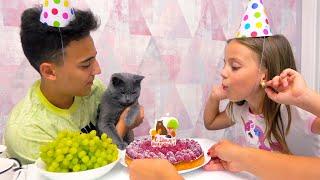 День рождения КОТЁНКА подарки и торт для нашего питомца