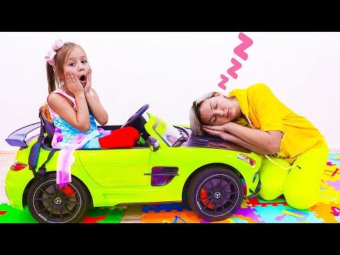 Алиса русалочка и мама сонные играют в прятки Alice The Little Mermaid And Sleepy Mom
