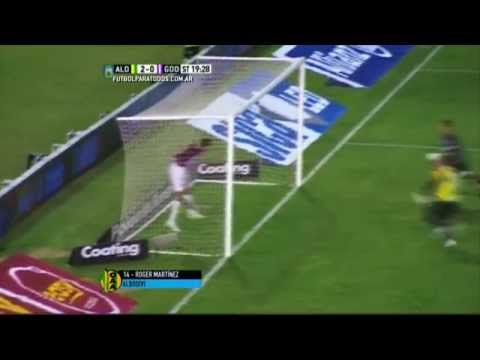 Godoy Cruz perdió, falló un penal y terminó con nueve