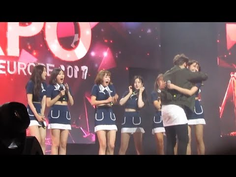 170811 APINK's reaction in Poland......