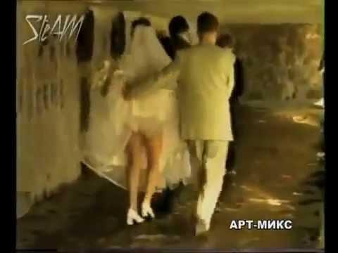 Азербайджанские апскирт в метро, порно латина просит массаж