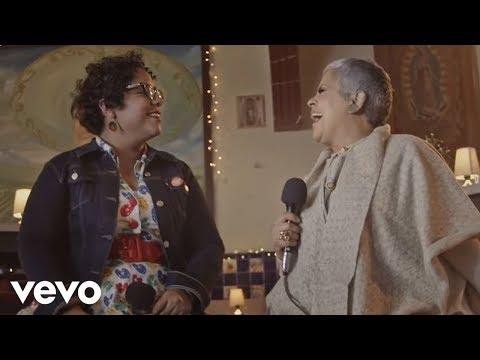 La Santa Cecilia - En El Último Trago (En Vivo) ft. Eugenia León