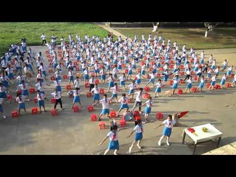 Múa hát sân trường ở vùng 1- Trường Tiểu học Giai Xuân- Tân Kỳ 10- 2014