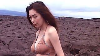 Kazue Fukiishi 吹石一恵 2 - Brown Bikini.