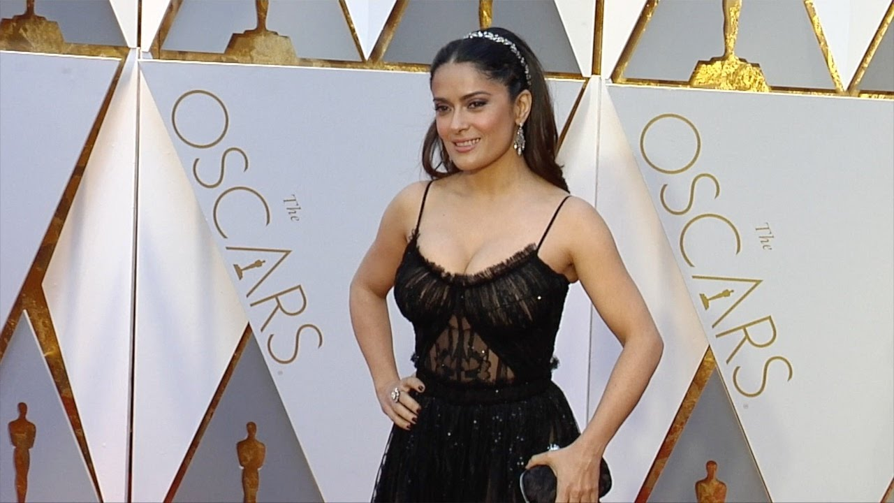 Download Salma Hayek 2017 Oscars Red Carpet