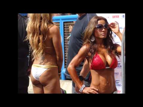 BODY BUILDING CONTEST AT MUSCLE BEACH LABOR DAY VENICE BEACH CALIF