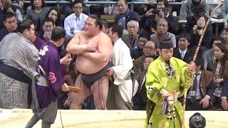 2017 大相撲 大阪場所 横綱 稀勢の里 怪我をする