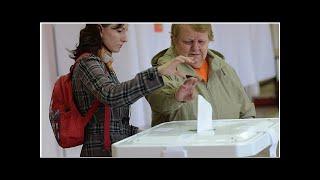 Смотреть видео На выборах мэра Москвы они хотят открыть 209 «летних» избирательных участков онлайн