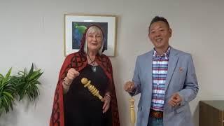 日本ダウジング協会加藤とスーザン・コリンズ