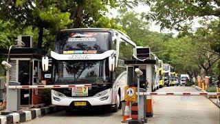 Hampir Aja Nabrak Pager, 7 Unit Bus SHD
