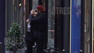 Irina Shayk y Bradley Cooper se comen a besos en París