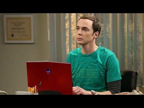 Sheldon Cooper y Chris Griffin en Bajo Primera - ENTREVISTAMOS A FERNANDO CABRERA!!