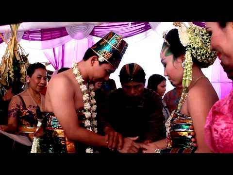 Pernikahan Adat Hindu -Jawa - Bali (Bagian V)