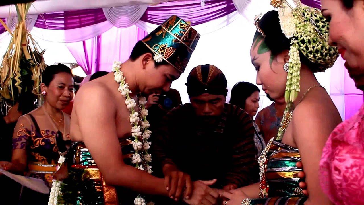 Pernikahan Adat Hindu Jawa Bali Bagian V Youtube - Perkawinan Hindu, Apa Kewajiban Suami Istri Dalam Perkawinan Hindu Tribun Bali