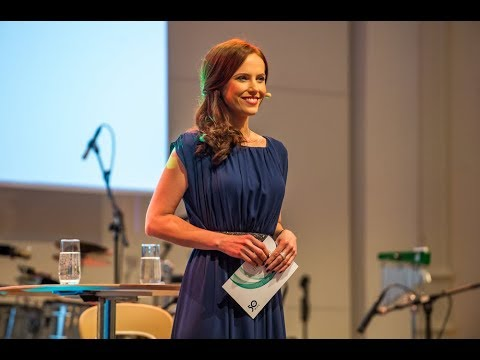 2018 Showreel N24 / WELT Moderatorin für Event, Messe, Gala, & TV Susanne Schöne de & eng