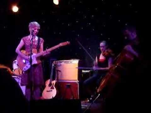 Kristin Hersh - Me And My Charms (live)