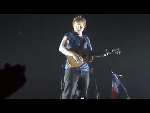 Ed Sheeran singing Little Things.