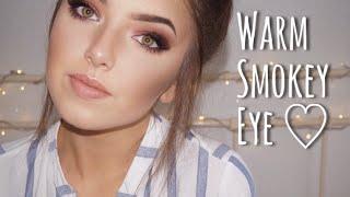 Gambar cover Warm Smokey Eye Makeup Look ♡