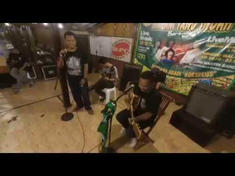 Hey pujangga feat Ahmad Noor - Sebatas Pagar Tribun