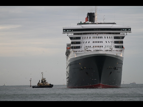Queen Mary 2 - Port Melbourne