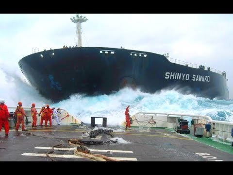 Big Ships Crashing Compilation
