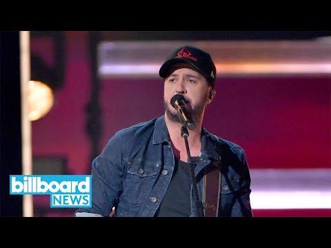 Luke Bryan Kicks Off 2018 CMA Awards With