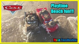 DISNEY CARS Lightning McQueen Tow Mater Planes Dusty toys PLAYTIME AT THE BEACH Ryan ToysReview