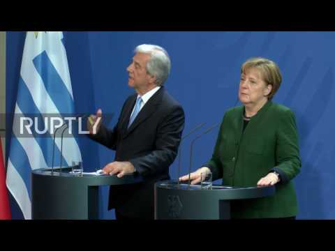 Germany: Merkel discusses EU-Mercosur trade deal with Uruguay's Vazquez