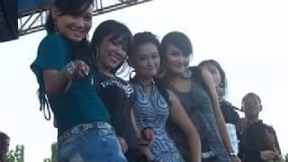 om Sera Sunset Ditanah Anarki Cinta Dipantai Bali all artis hot Terbaru 2014