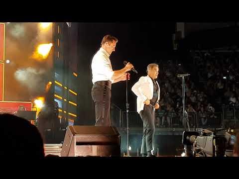 Hugh Jackman & Robbie Williams ‐ London 2/6/19