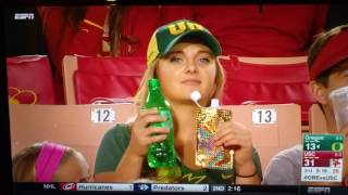 Oregon Ducks fan with flask on national TV. Oregon Ducks vs USC 11-05-16