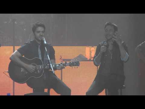 """Llegaste Tú"" Luis Fonsi Y Luciano Pereyra - Luna Park 2014"