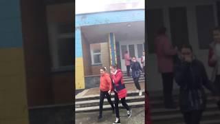 Школа горит ура